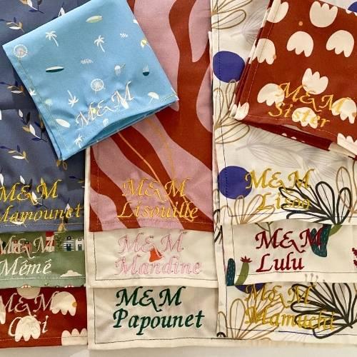Mouchoirs en tissu bio personnalisés brodés pour mariage ou evjf made in france